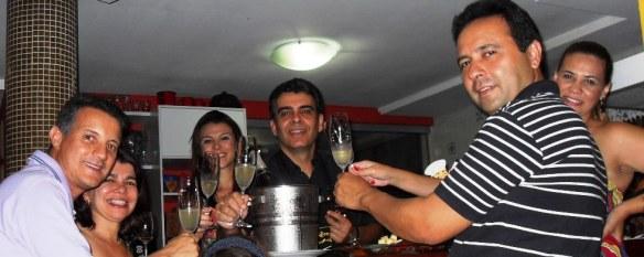 Júlio e Ilza Veloso, Fabiana Amorim e Paulo Bocca, Reinaldo e Andreia Loureiro.