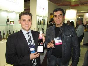 6) Os vinhos de altitude de Santa Catarina vem ganhando cada vez mais espaço. O Villaggio Grando Brut Rosê foi eleito o melhor espumante nacional, no evento.